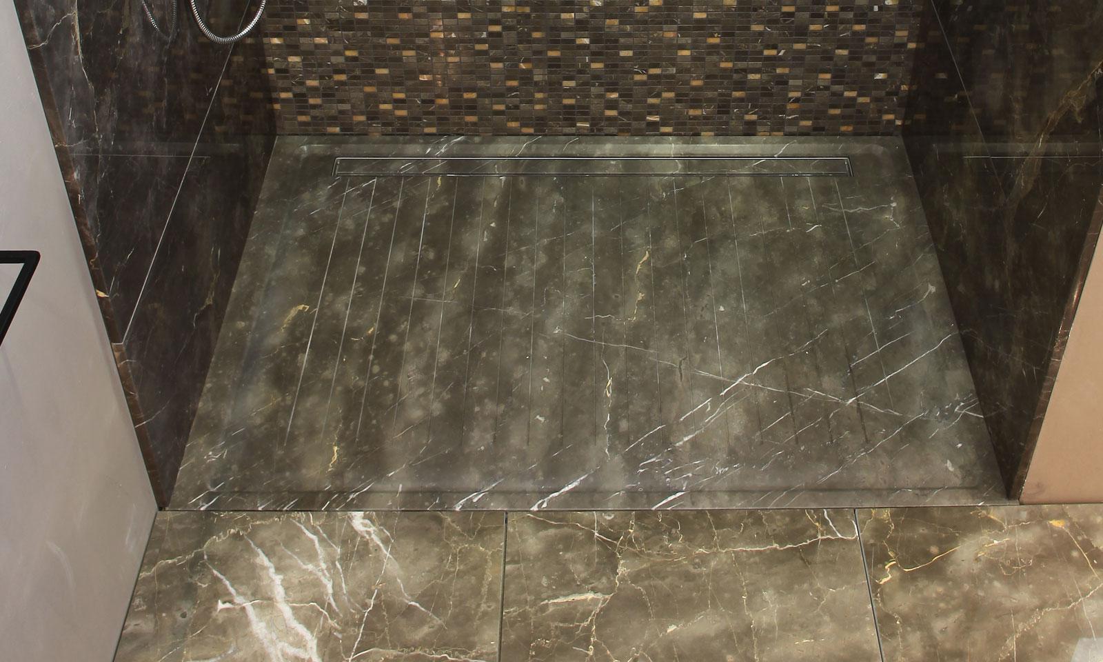 Piatto doccia in pietra o legno teak iseo i conci